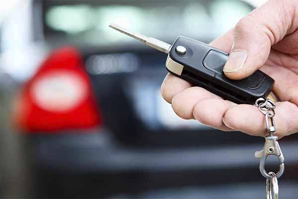 auto y su llave